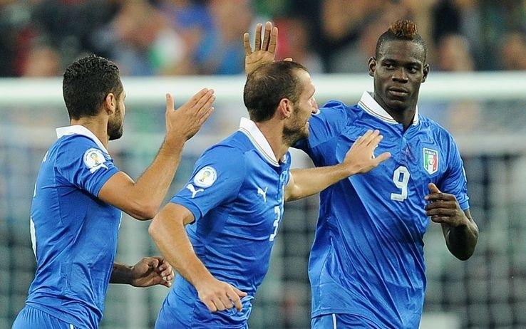Chiellini-Balotelli, è un'Italia Mondiale. Battuta la Repubblica Ceca si va a Rio