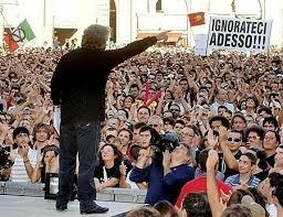Domenica a Genova arriva il V3Day. Piazza della Vittoria noleggiato dal M5S