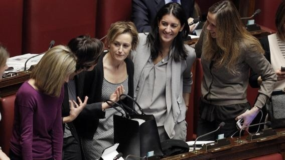 Le donne del pd e di forza italia chiedono parit di for Parlamentari donne del pd