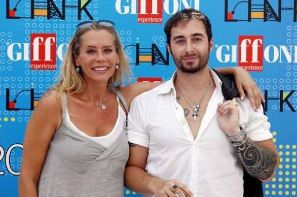 Anthony Manfredonia querelato per il gossip troppo hot su Barbara De Rossi