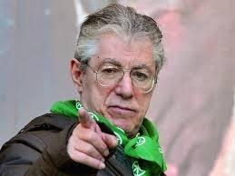 A Milano chiesto il rinvio a giudizio per Umberto Bossi e i suoi due figli