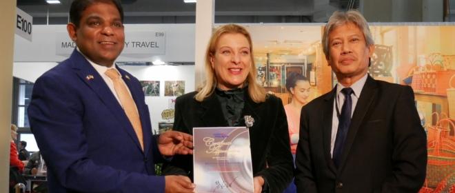 A BIT 2019 L'ENTE TURISMO MALESIA PREMIA MARIALUISA COCOZZA