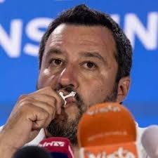 Adinolfi sul cristianesimo pagano di Salvini. Condizionare la Lega, mai coi laicisti Pd e M5S
