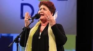Teresa Bellanova: chiaroscuri di una ministra nell'Italia dove la musica difficilmente cambia
